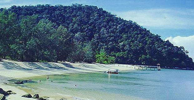 A day out at Pantai Kerachut