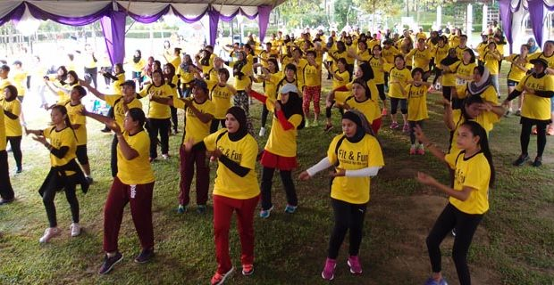 Fun and lively dance at Straits Green Public Park