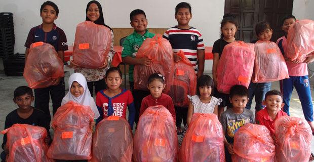 Eastern & Oriental Berhad donates school bags